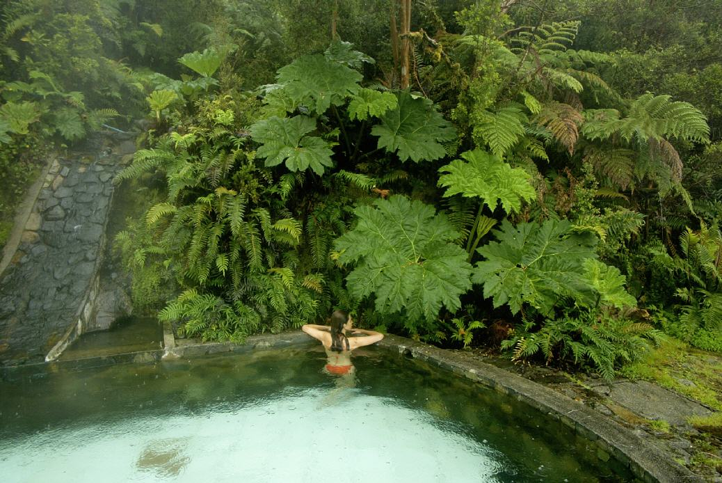 Chile: Relaxen in einer Naturtherme
