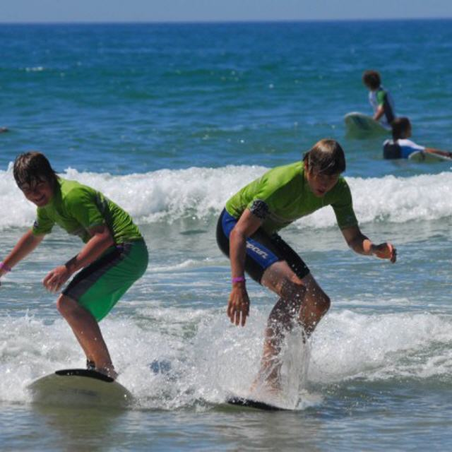 Frankreich: Junior Surf Academy - Teenie-Surfcamp