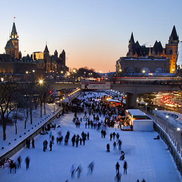 Kanada: Outdoor-Festival Winterlude in Ottawa